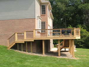 raised deck on different size support columns